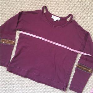 Vintage Havana Tops - VINTAGE HAVANA Boho peekaboo shoulder sweatshirt
